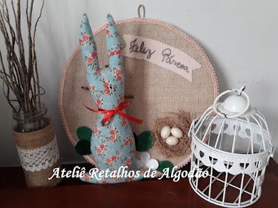Coelhinho de páscoa de tecido estampado para presentear, decorar ou compor a cesta