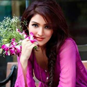 Tina Ahuja Family Husband Son Daughter Father Mother Marriage Photos Biography Profile.