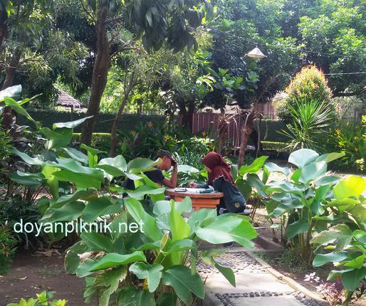 taman kota alami di sidoarjo