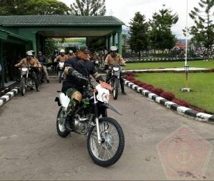 Gagahnya Panglima TNI saat Jajal Jalan Tembus Wamena-Mumugu Dengan Sepeda Motor - Commando