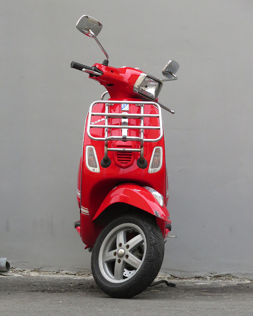 Red Vespa, Via del Fagiano, Livorno