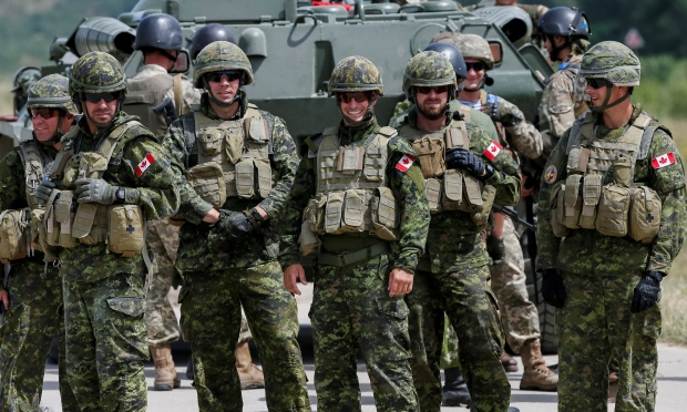 Greencrow As The Crow Flies: Canadian Military Going to Help Ukraine