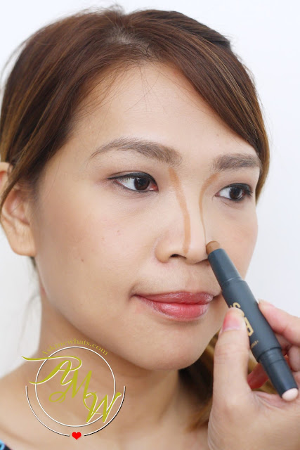 a photo on how to use Etude House Play 101 Stick Contour Duo