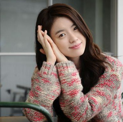 Han Hyoo Joo Artis Korea tercantik dan Seksi
