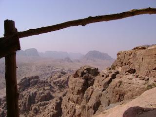 Ascenso a Umm al-Biyara
