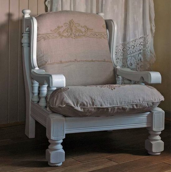 Shabby in love: distressed furniture ideas