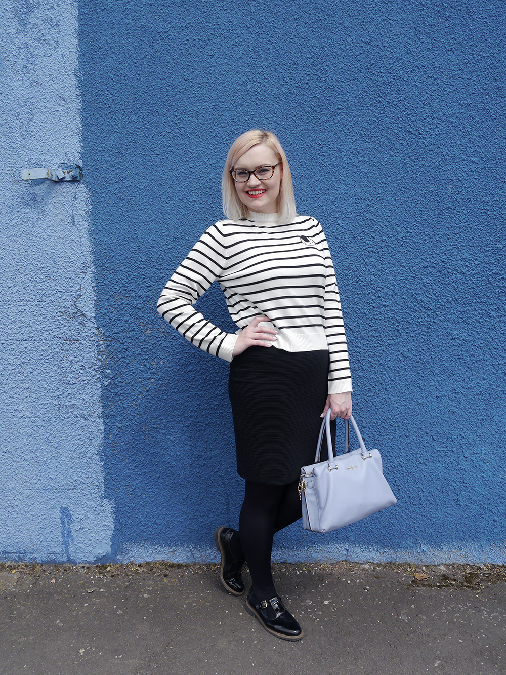Scottish fashion blogger, Wardrobe Conversations, Jasper Conran bag from Debenhams, blue background, monochrome outfit inspiration, The Whitepepper top, sushi print, ScotStreetStyle Dundee location, Dundee style blogger