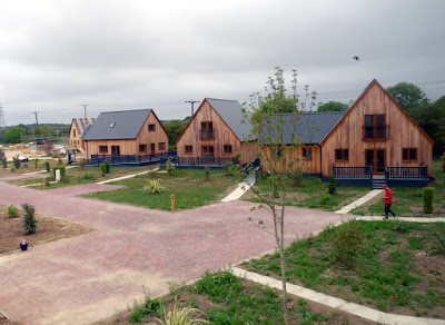 Brigg Marina holiday homes near the River Ancholme - Picture Five on Nigel Fisher's Brigg Blog - July 2018