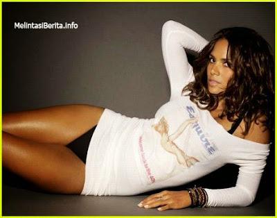 Halle Berry (Gothika)