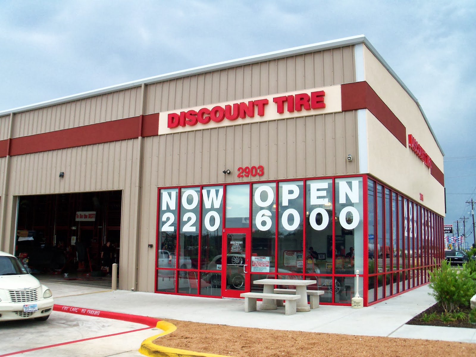 Closest Discount Tire >> Traveling With The Longdogs On The Road To Inks Lake Tx
