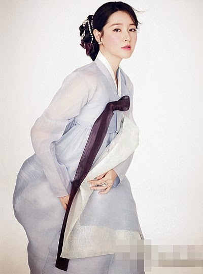 Nb Actress Lee Young Ae Shows The Beauty Of The Korean