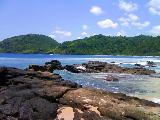 Paket Wisata Alam, Wisata Pantai dan Wisata Populer