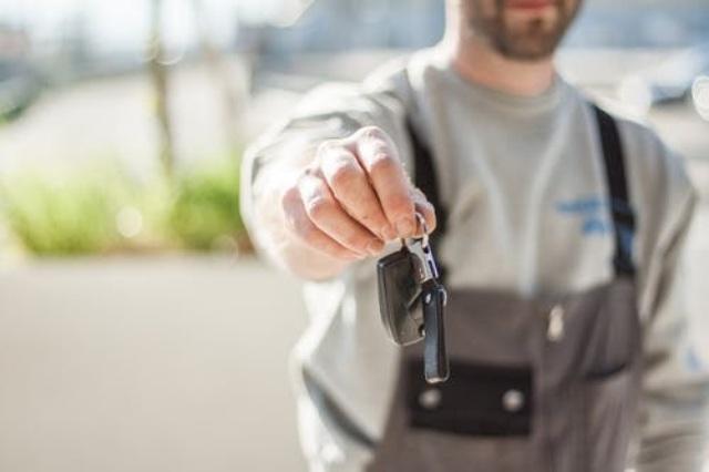 Tips Sebelum Memutuskan Membeli Mobil Second