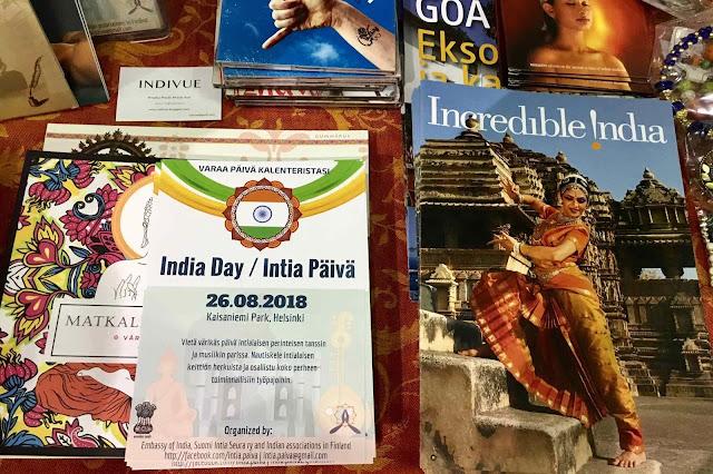 Suomi-Intia-seuran pöytää Joogafestivaleilla 2018