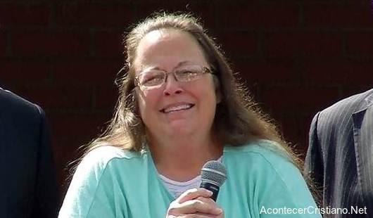 Kim Davis sale libre de prisión