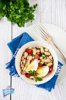 Sałatka z fasoli i jajka