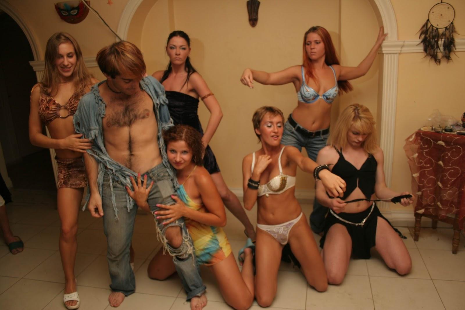 Сексуальная вечеринка санкт петербург порно русским