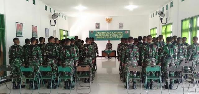 Upacara Pembukaan Latihan Kaderisasi Pertempuran Hutan Brigif 20 Kostrad di Timika