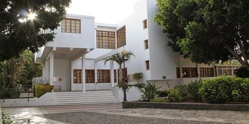 Oficina de turismo del ayuntamiento de p jara recibe el for Oficinas del ayuntamiento