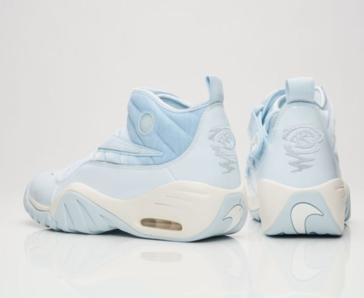 9609a9ab82aa Here is a look at the Limited Edition Nike Air Shake Ndestrukt