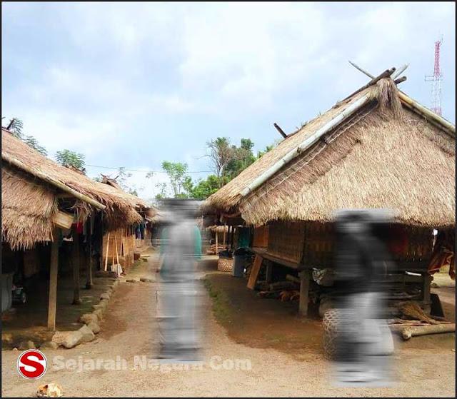 Foto Rumah adat Senaru NTB