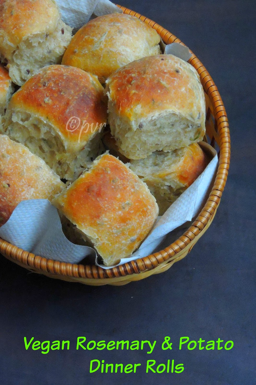 Rosemary & Potato Dinner Rolls