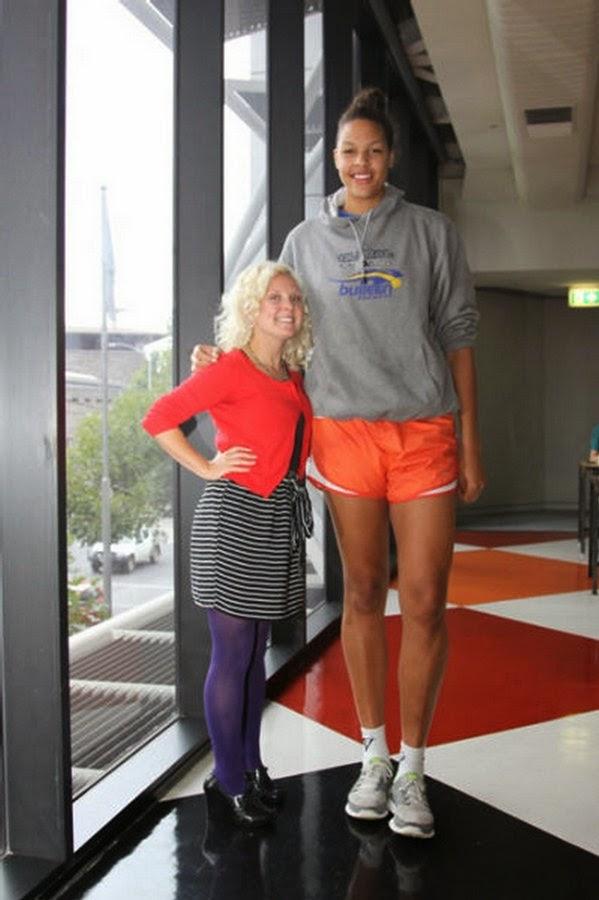 Tall Girls: Tallest Women
