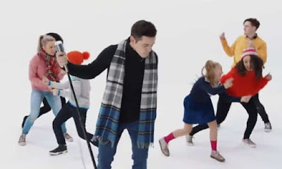 Foreign Music Videos: David Archuleta - Christmas Every Day (Video Download)