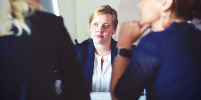 Recomendaciones para que reuniones de trabajo sean más productivas