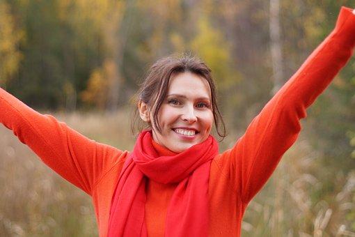 5 Cara Memutihkan Gigi dengan Baking Soda dan Efek Sampingnya