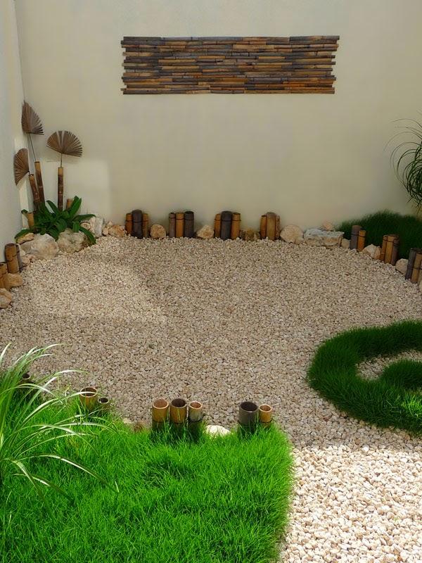 Jard n creativo con pasto gravilla y bamb dise os para - Diseno jardines y exteriores 3d ...