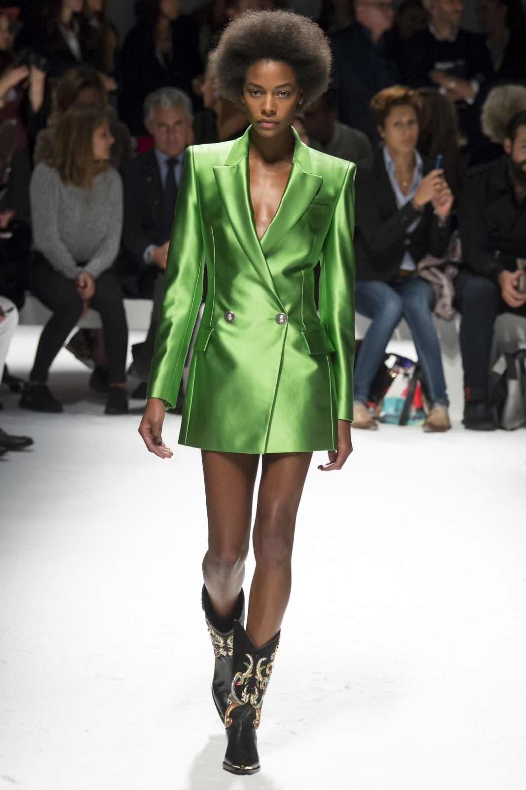 Pantone colour report & spring summer 2016 fashion trends / green flash at Fausto Puglisi Spring/Summer 2016 via www.fashionedbylove.co.uk British fashion & style blog