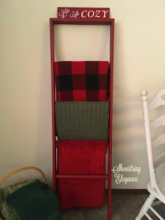 diy Christmas blanket ladder