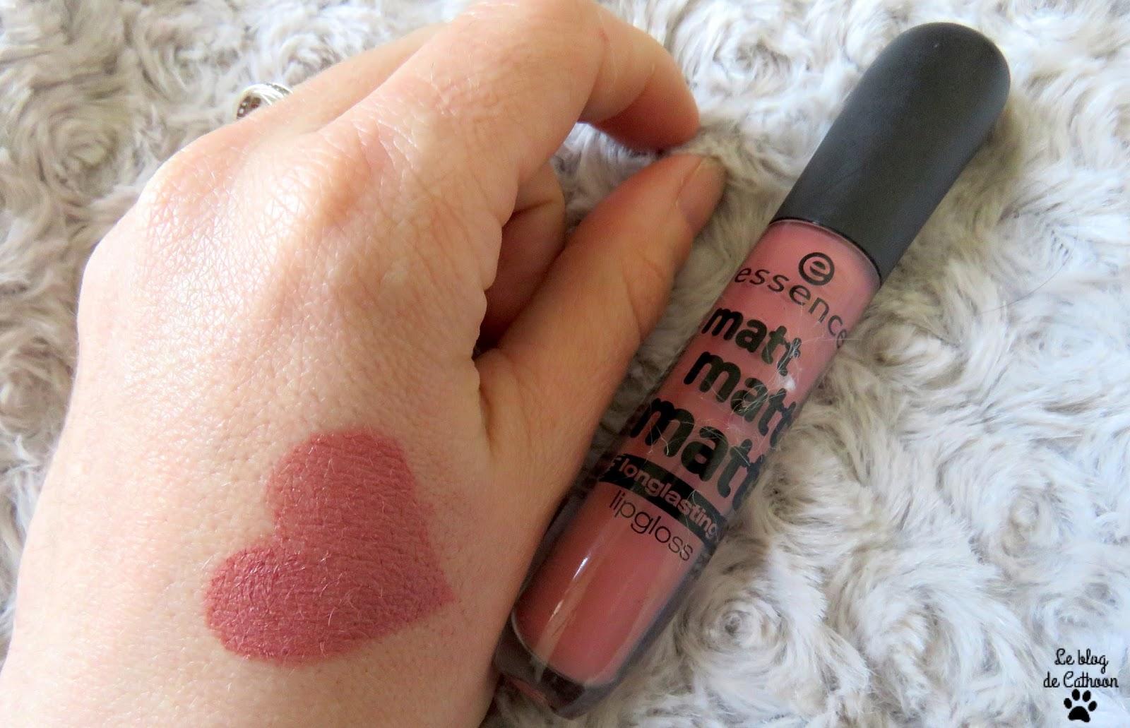 swatch Matt matt matt - Longlasting Lipgloss - 02 Beauty-Approved - Essence