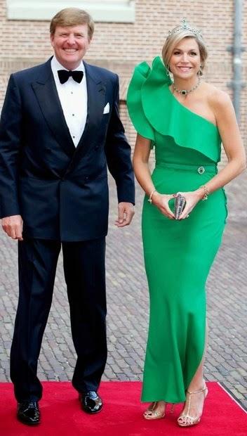 im%C3%A1genes+reina+Maxima+de+Holanda+vestido+verde+principe+Alberto+M%C3%B3naco+junio+2014+fotos.jpg