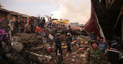 Terjadinya Bencana Gempa Aceh Membuat Masyarakat Turut Berduka