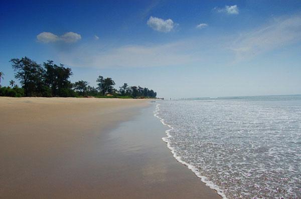 Mandrame Beach