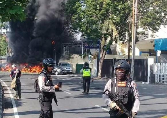 Dasyatnya Ledakan Bom Bunuh Diri di Tiga Gereja di Surabaya