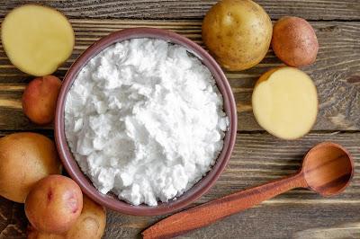 Cách trị tàn nhang cho nam giới bằng khoai tây và bột mỳ