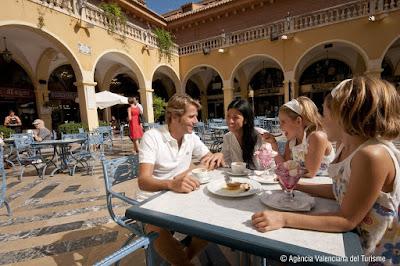El gasto de los turistas extranjeros aumenta en la Comunitat Valenciana un 4,1% en 2015, dejando 5.606 millones de euros