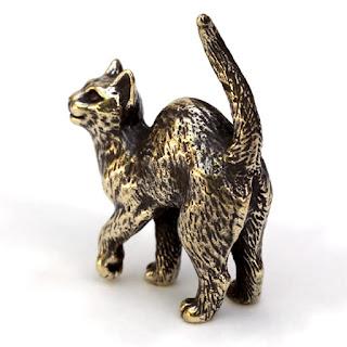 статуэтка кота с поднятой лапой подарки симферополь новый год