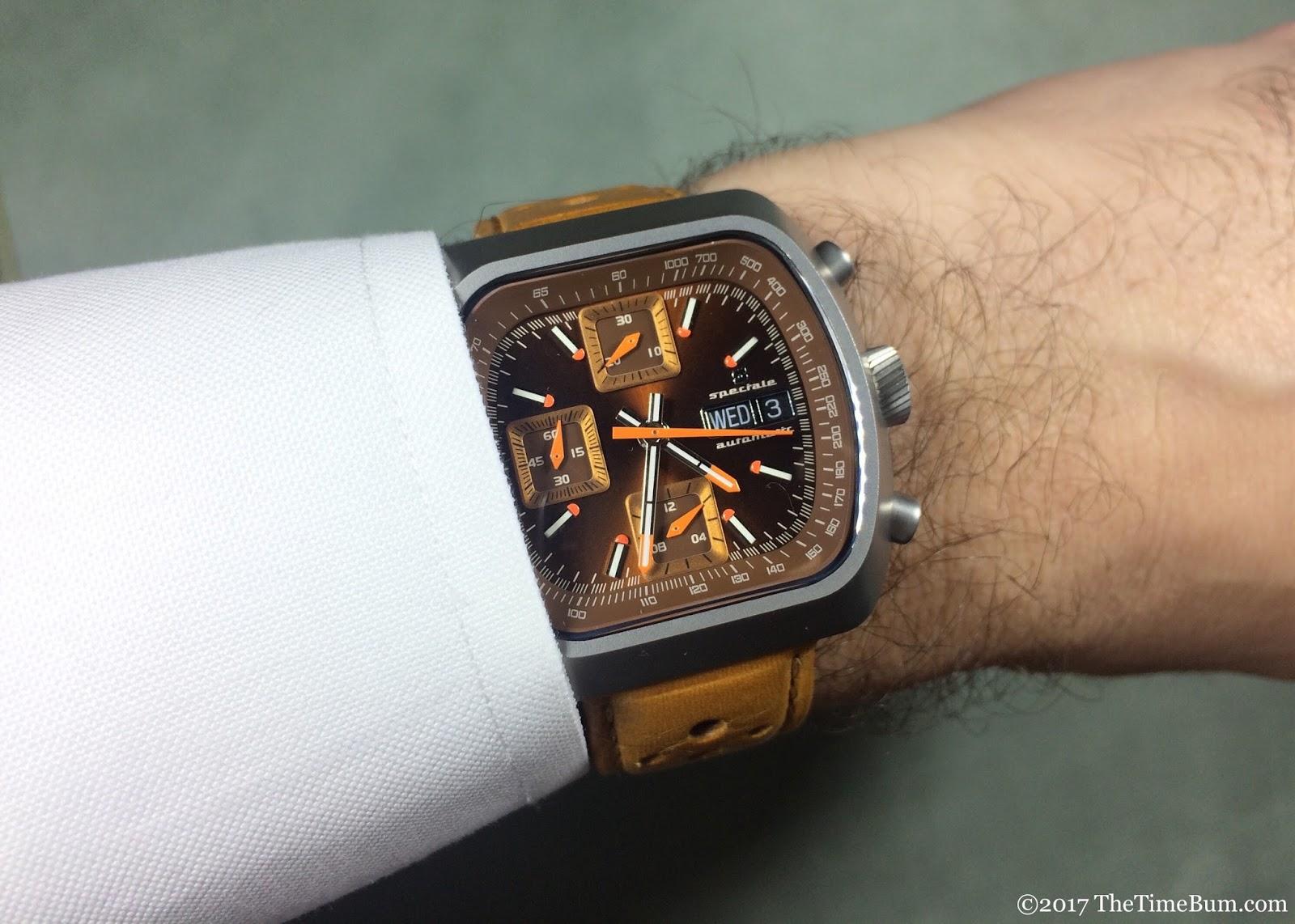 Straton Speciale wrist shot