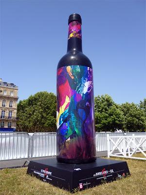 jean baptiste besançon artiste peintre exposition bouteille de vin géante bordelais couleur mouvement