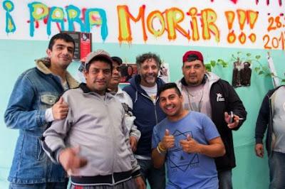 Fito Páez tocó en un hogar para personas en situación de calle.