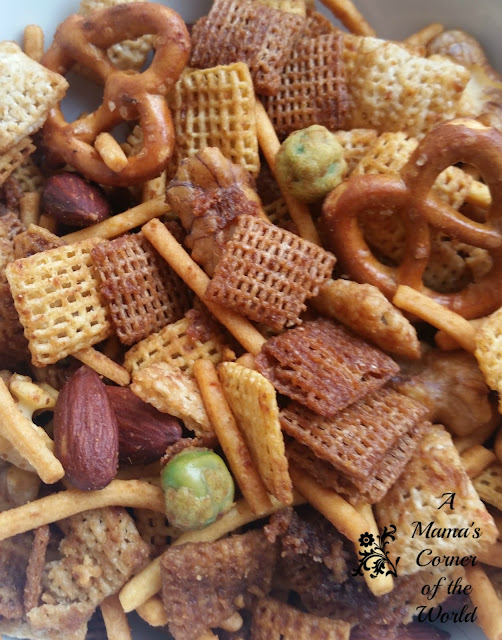 Spicy Sriracha Chex Snack Mix Recipe for Parties