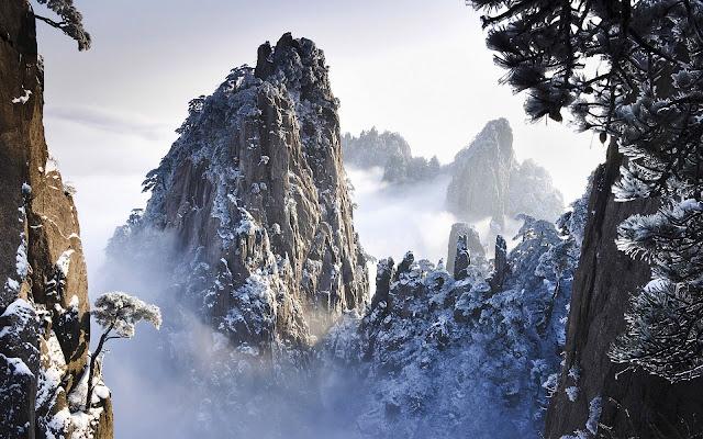 Huangshan Mountains Wonderful View In Winter China HD Desktop Wallpaper