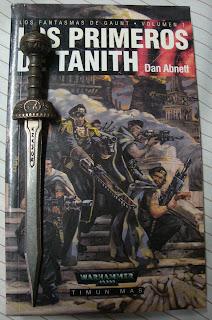 Portada del libro Los primeros de Tanith, de Dan Abnett