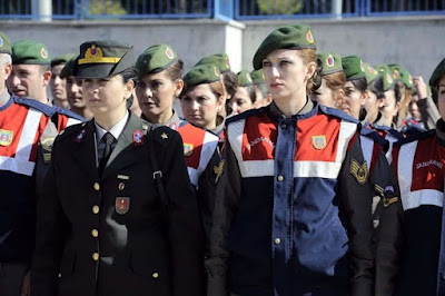 kadın jandarma