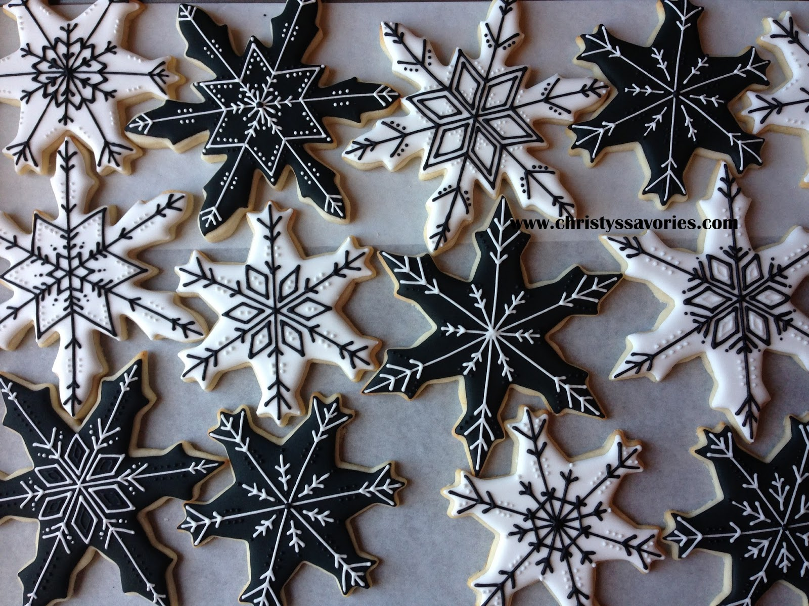 Black And White Christmas.Christy S Savories Black And White Christmas Cookies