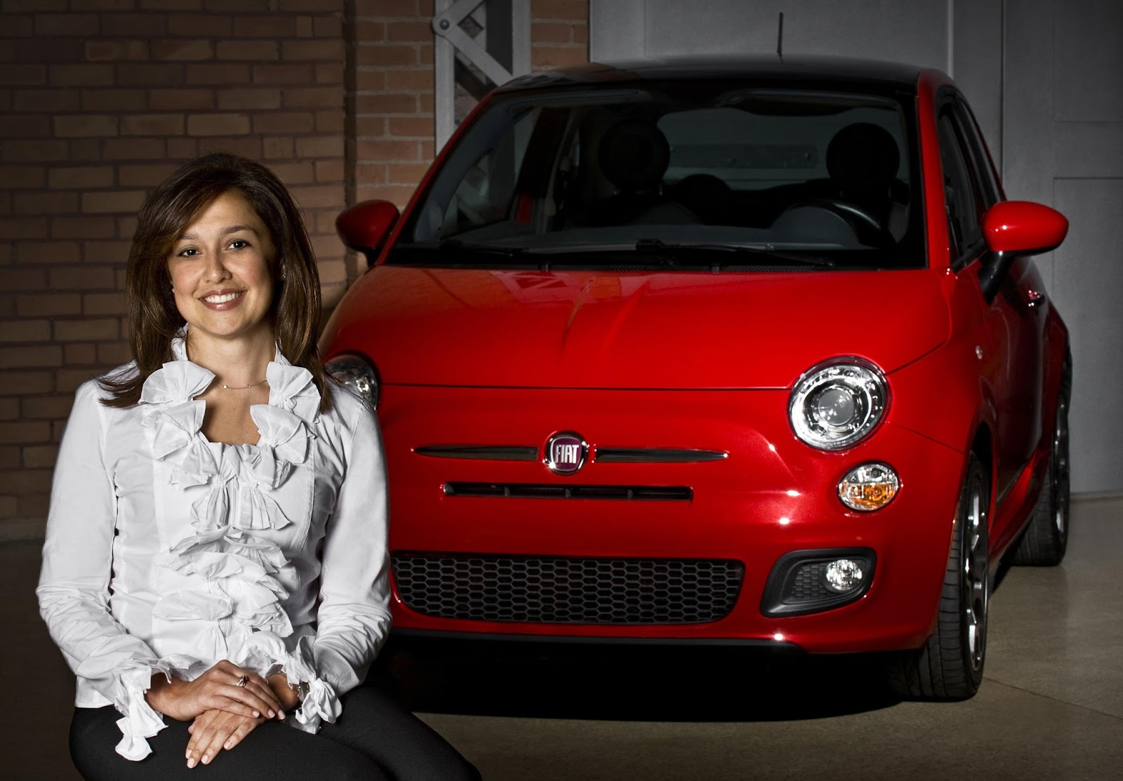 To Fiat 500 λέει ένα μεγάλο ευχαριστώ σε όλες τις γυναίκες